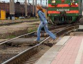 В Крыму под колёсами электрички погибла девушка