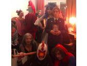 На Хэллоуин был популярен образ экс-прокурора Крыма Поклонской с иконой царя (фото)