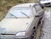 В Крыму спасатели за день трижды помогали автомобилистам, чьи авто застряли в грязи (фото)
