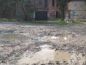 Бесплатная парковка в Балаклаве шокировала крымских автомобилистов (фото):фоторепортаж