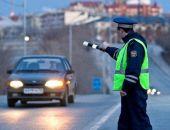В столице Крыма сотрудники ГИБДД проверяют всех водителей на состояние опьянения