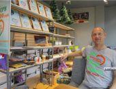 Крымчанин проживёт в витрине магазина в Керчи 21 день