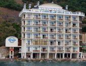 Правительство Крыма распорядилось снести 7-этажную гостиницу «Калипсо» в Алуште