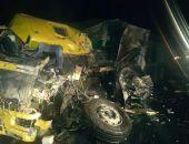 В Крыму на трассе Феодосия – Керчь лоб-в-лоб столкнулись две «фуры», оба водителя погибли (фото)