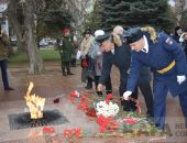 В Феодосии прошел митинг в честь Дня защитника Отечества (видео):фоторепортаж