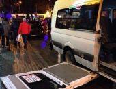 В Крыму автомобиль BMW протаранил маршрутку прямо на остановке общественного траснпорта