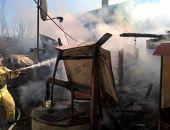 В селе Золотое Поле Кировского района Крыма горел сарай и взорвался газовый баллон (фото)