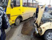 Сегодня в Крыму случились два ДТП с участием рейсовых автобусов (фото):фоторепортаж