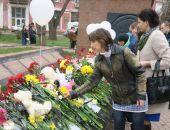 В Феодосии прошел митинг памяти погибших при пожаре в кемеровском торговом центре (видео):фоторепортаж