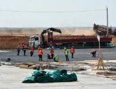 Подъездную дорогу к новому терминалу аэропорта столицы Крыма не успели построить в срок