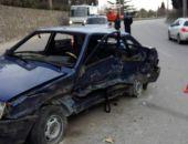 В Крыму при столкновении двух легковых авто пострадали два человека (фото)