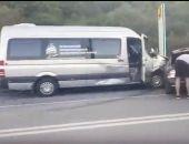 В Крыму автобус Ялтинского экономического форума попал в аварию (видео)