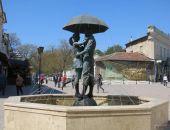 Феодосия предмайская: все цветет, включили фонтаны, город готовится к сезону:фоторепортаж