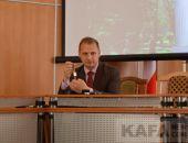 Глава администрации Феодосии Сергей Фомич показал свои часы