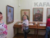 В Феодосии открылась выставка картин Барсамова к 9 мая
