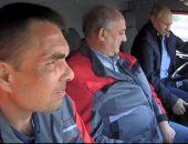 Путин на КамАЗе поехал по Крымскому мосту