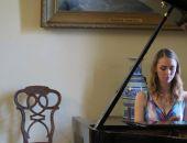 В галерее Айвазовского прошел праздничный концерт ко дню Победы (видео)