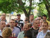 Депутаты отменили скандальные решения о выделении земли в сквере у школы №13:фоторепортаж