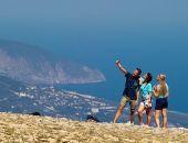Более 40% российских туристов для летнего отдыха выбрали Крым, – результаты опроса