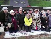 Обманутые дольщики Екатеринбурга на коленях просили Путина помочь