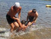 На востоке Крыма на пляже утонул пьяный мужчина