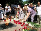 В Феодосии прошел митинг ко Дню памяти и скорби (видео)