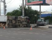 Сегодня утром в Севастополе ДТП: автомобиль BMW «опрокинул» ГАЗель (фото):фоторепортаж