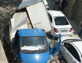 В Крыму на ходу развалился фургон с пивом (фото)