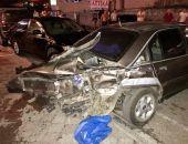 В Крыму пьяный водитель на внедорожнике протаранил пять автомобилей (фото)