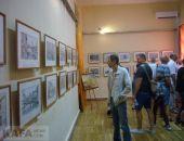 В Феодосии открылась выставка графики Сергея Матюшкина:фоторепортаж