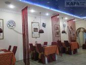 Гурманская: Кафе «Пес Барбос» (за кинотеатром «Крым»)
