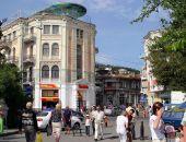 Власти Крыма продадут с аукциона старинную гостиницу в центре Ялты