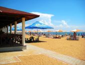 Феодосийский пляж «Золотые пески» лучший в России