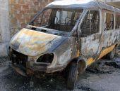 В Крыму подростки-хулиганы сожгли автобус спортшколы (фото)