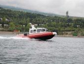В Крыму за сутки дважды спасали туристов, уплывших далеко от берега