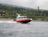 В Крыму спасли прогулочный катер и рыболовное судно, у обоих была течь в корпусе
