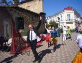 В Феодосии театр «Парадокс» открыл новый сезон (видео):фоторепортаж