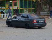 В Феодосии у кинотеатра Крым машина въехала на детскую площадку:фоторепортаж