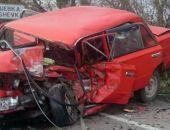 ДТП в Крыму: в Грушевке столкнулись два легковых авто, один из водителей погиб (фото) (видео)