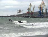 Штормящее море Феодосийского залива (видео):фоторепортаж