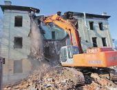 В Севастополе начали сносить аварийные дома