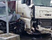 Сегодня на востоке Крыма столкнулись Форд и грузовой автомобиль, двое пострадавших:фоторепортаж