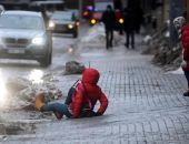 Жителей Крыма предупреждают о сильном гололеде, также объявлено штормовое предупреждение
