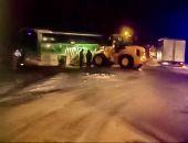 """В Крыму на трассе """"Таврида"""" рейсовый автобус столкнулся с автопогрузчиком (видео)"""