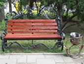 В Детском парке Симферополя тоже поставят кованые скамейки