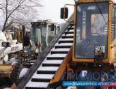 Владивосток превратился в каток - в ход пошли противогололедные реагенты