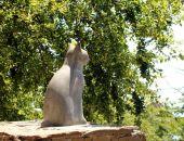 В Гурзуфе появился памятник коту:фото
