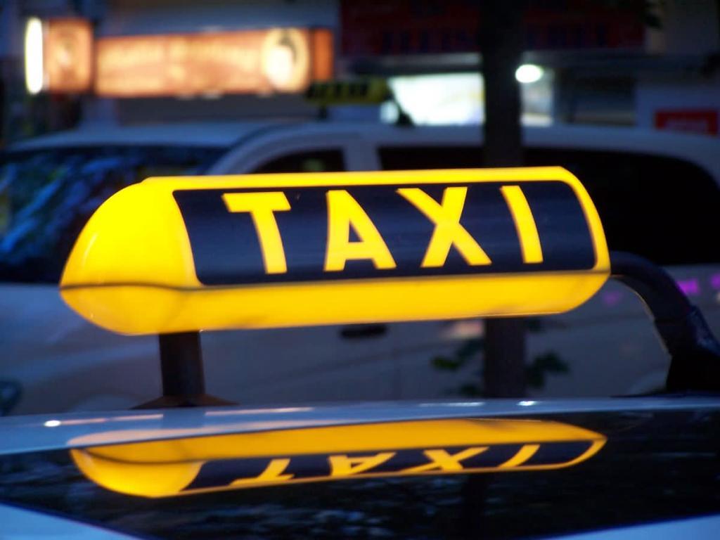 Как выбрать и оформить заказ такси