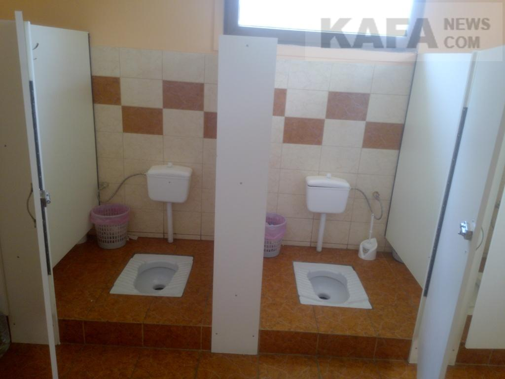 kamera-v-armii-tualeta-foto-poz-seksa-ekstremalnie