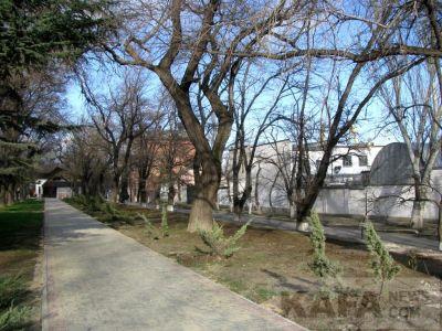 Феодосия, начало января, выглянуло солнце, в городе пусто...